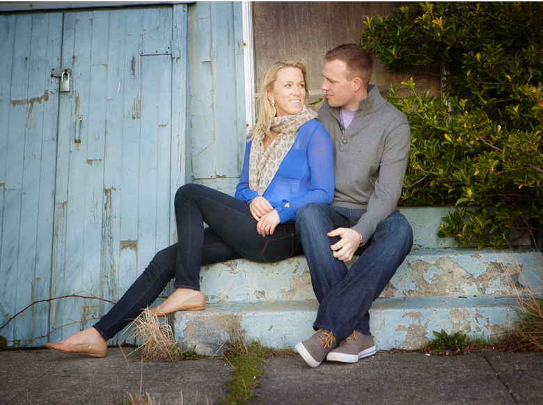 Clinton James Photography Engagement Session at Seattle Discovery Park with lighthouse beach historic buildings (14)