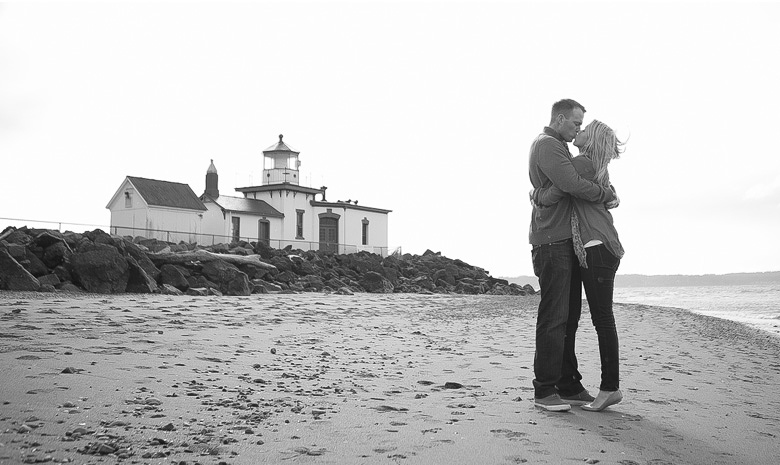 Clinton James Photography Engagement Session at Seattle Discovery Park with lighthouse beach historic buildings (6)