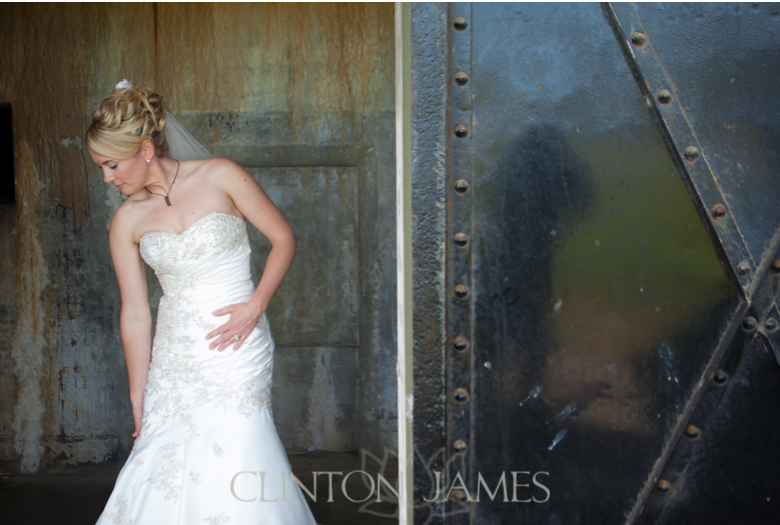 holli_steve-whidbey-island-wedding-clinton-james_017