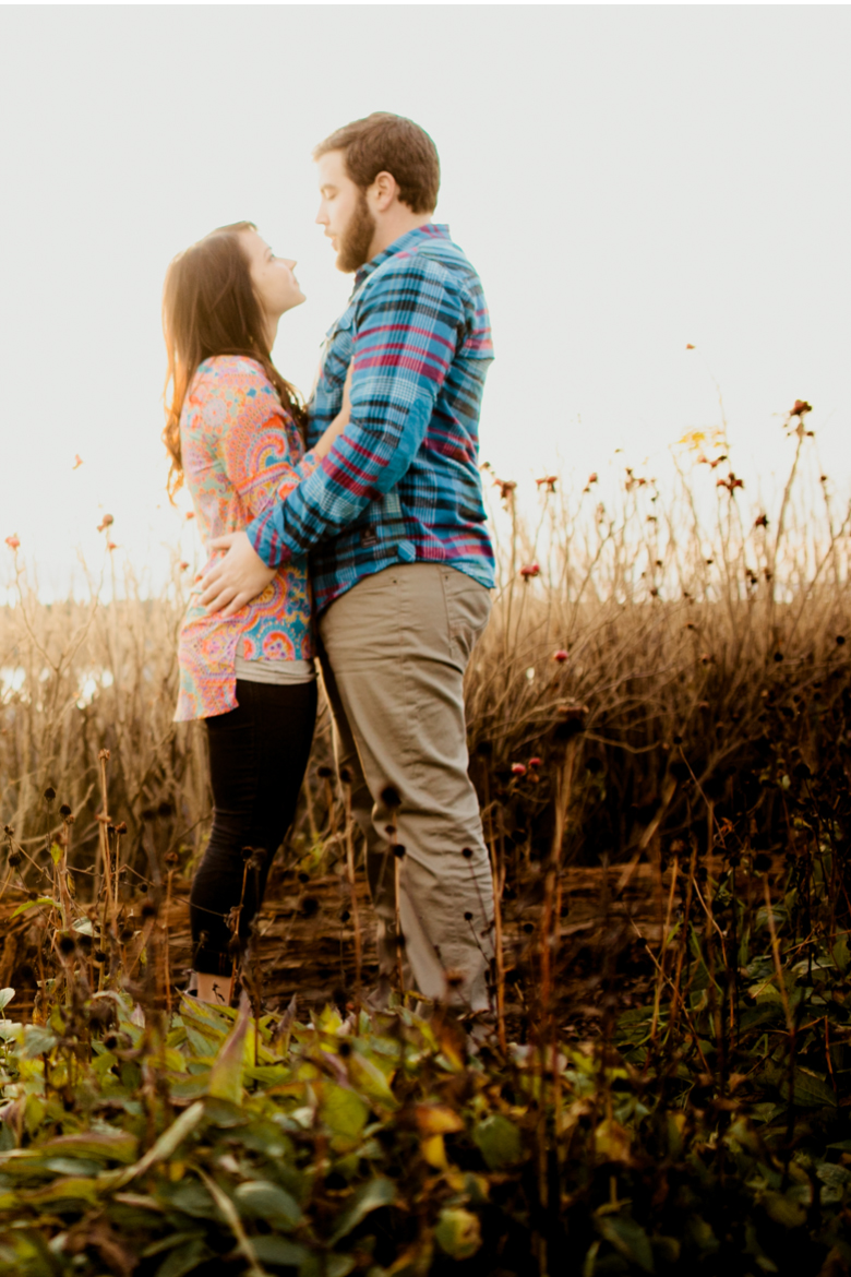 bellingham-engagement-pictures-sunset-beach_clinton_james_0010feature image
