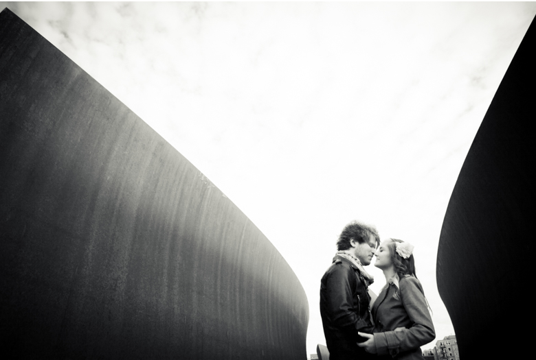 seattle-engagement-photography-olympic-sculpture-park-wedding_0010