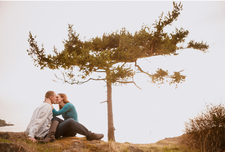 deception-pass-engagement-session-ben-allison-clinton-james-photography_0017