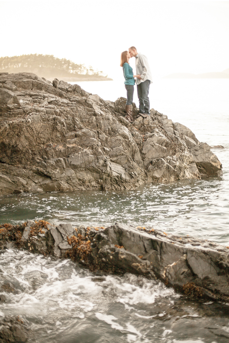 deception-pass-engagement-session-ben-allison-clinton-james-photography_0021