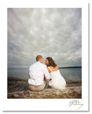 Alyssa and Cameron had a gorgeous ceremony and reception at the scenic Semiahmoo Resort near Blaine, WA.