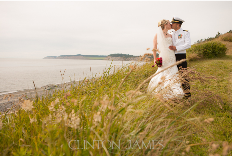 holli_steve-whidbey-island-wedding-clinton-james_022