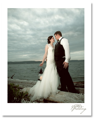 Matt and Lindsey married at Cama Beach, a real jewel of the northwest.  The historic cabins and boating center were a perfect backdrop for their relaxed, elegant wedding.  Thanks Matt and Lindsey for so much surprising beauty to capture!