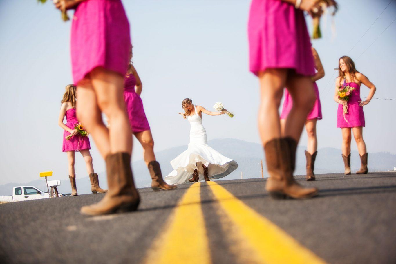 spokane-wedding-photographer-pink-bridesmaids-dresses