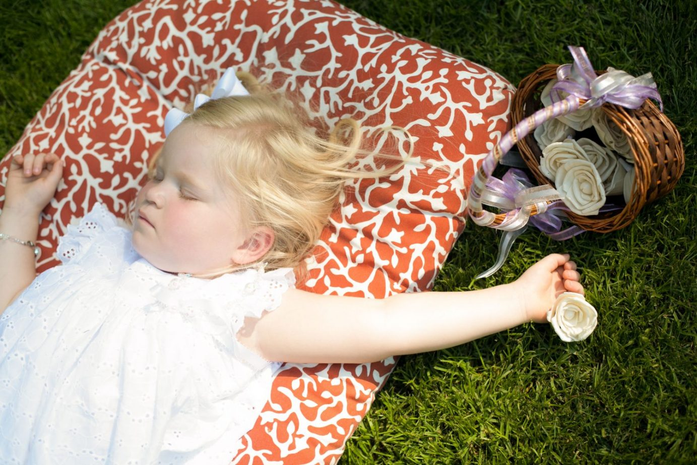 sleeping-flower-girl-at-newcastle-wedding