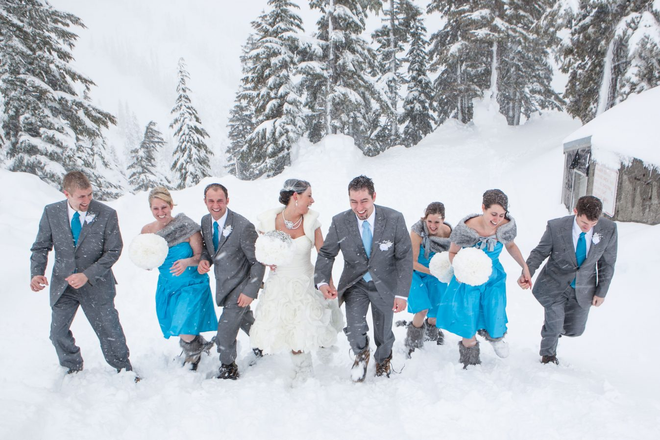 winter-wedding-snow-wedding-party-blue-bridesmaids-dresses