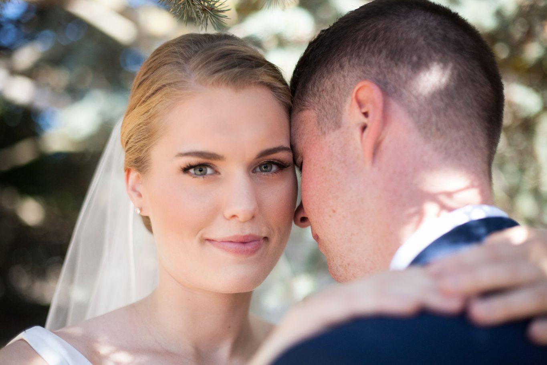 romantic-bride-wedding-photo-veil-bellingham-photographer