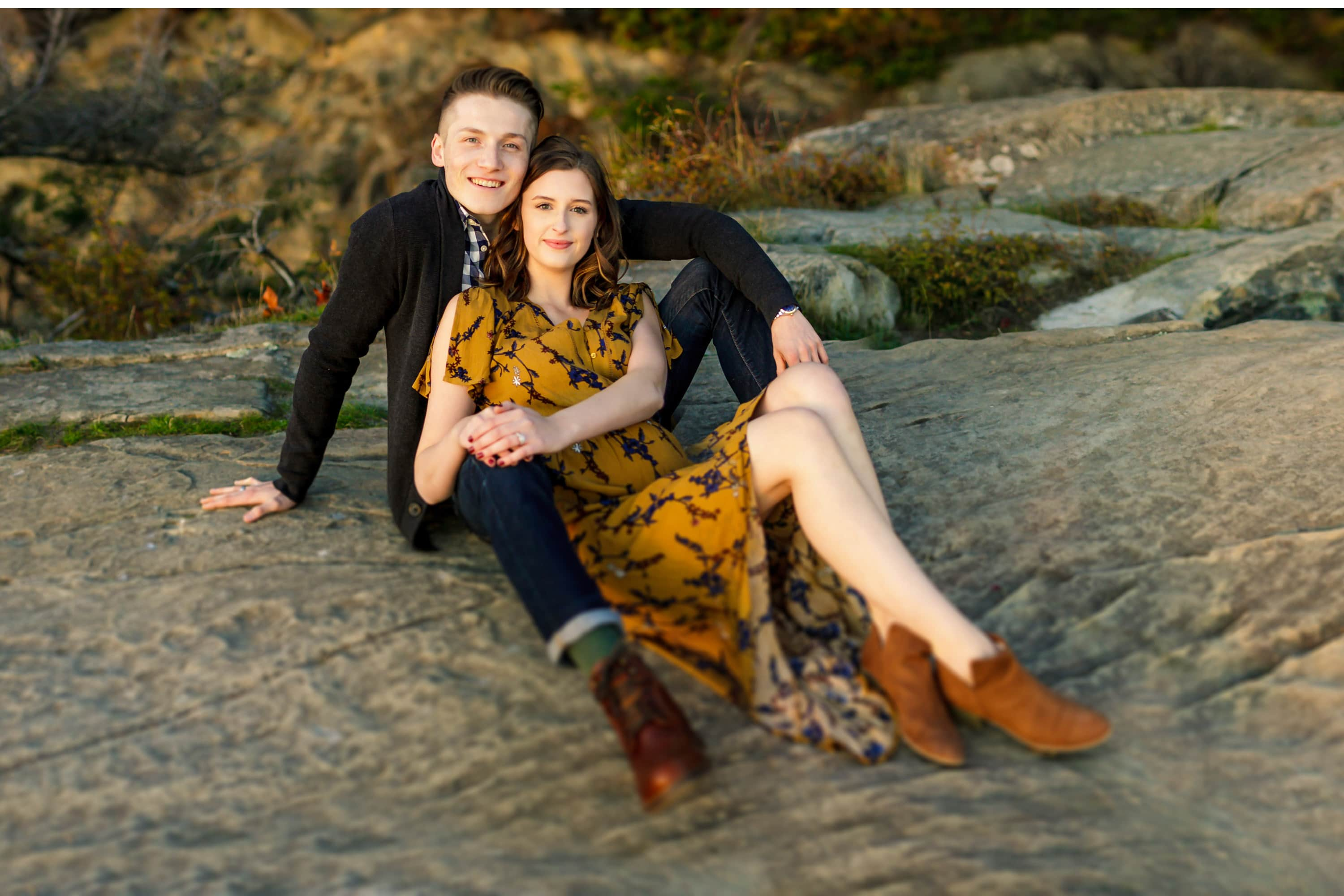 pnw adventure engagement session in bellingham wa fall photo inspiration Hovander edgy