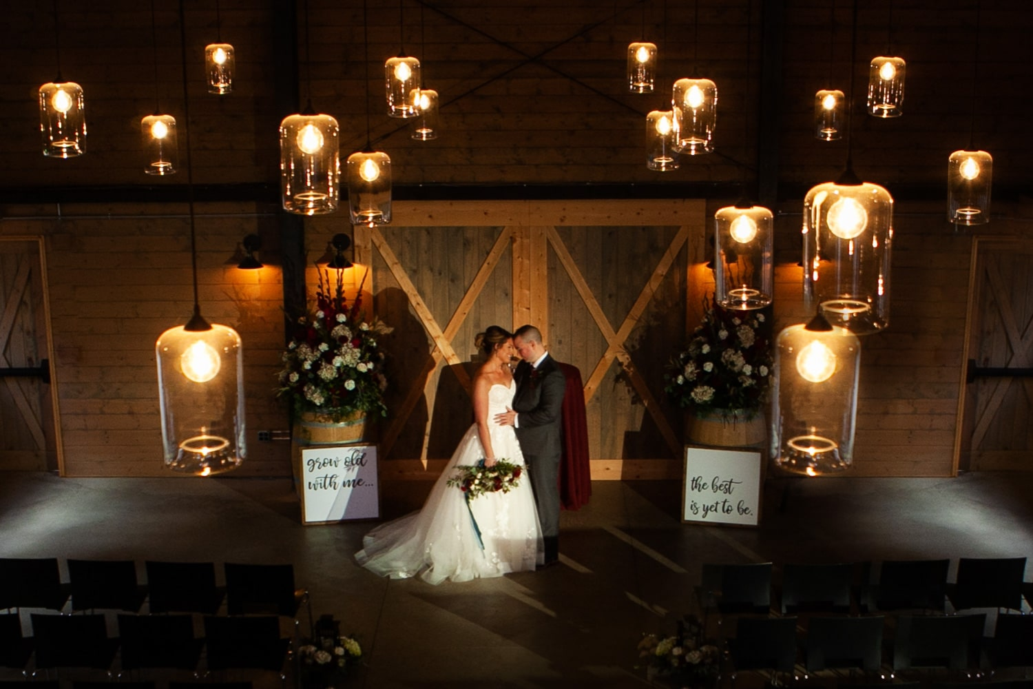 Marionfield farm barn wedding snohomish wedding venue clinton james photo